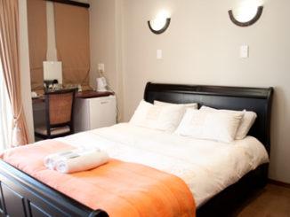Grazia Guesthouse, near Rosepark Hospital in Bloemfontein
