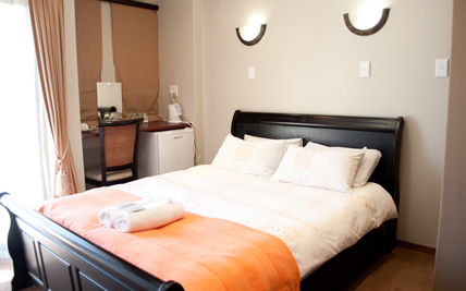 Grazia Guesthouse, near Rosepark Hospital in Bloemfontein