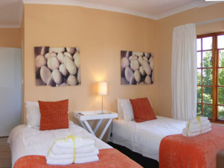 Korhaan Lodge 3 star bed and breakfast accommodation in Bloemfontein