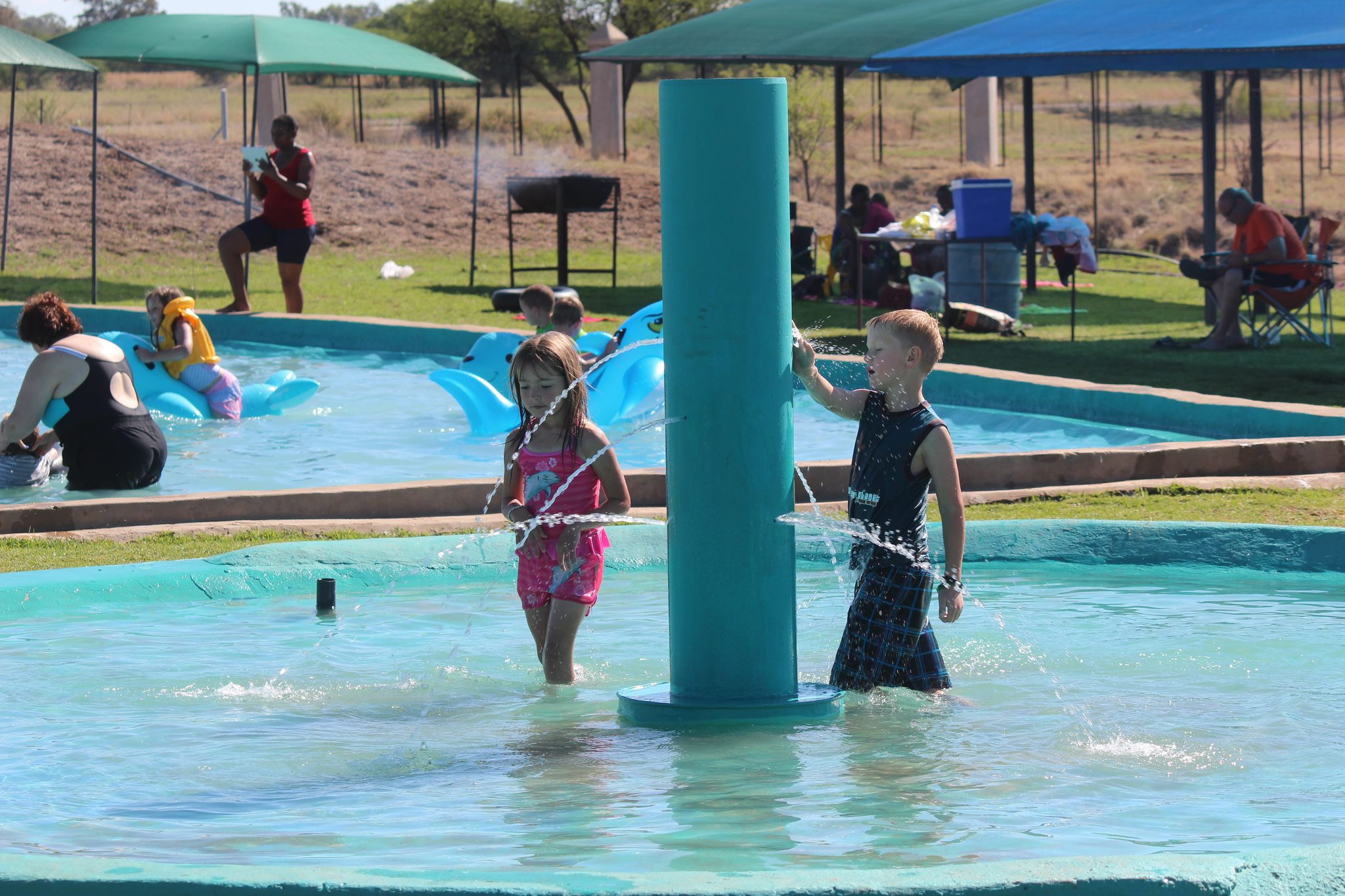 Gwen bali water world summer fun for the whole family bfn tourism for Southern suburbs swimming pool